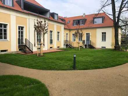 Traumhafte,stilvolle Wohnlage mit großzügigen Wohnungen umgeben von einer grünen Parkanlage