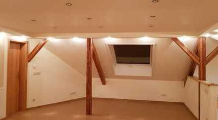 Preiswerte, modernisierte 5-Zimmer-Wohnung mit EBK in Haselbachtal