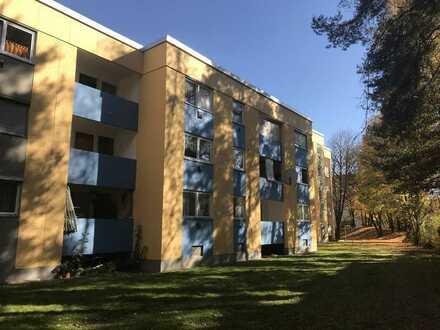 IDEAL FÜR SINGLES! Erstbezug nach Sanierung mit Balkon: 1-Zimmer-Wohnung in Waldkraiburg