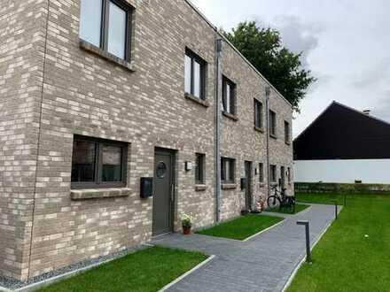 Vermietung - Neuwertiges Reihenendhaus in attraktiver Lage in Flensburg