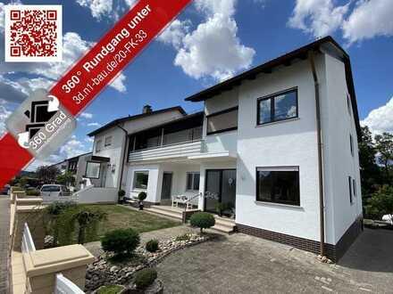 Mehr Doppelhaushälfte als Eigentumswohnung - 4-Zimmer-Wohnung mit Balkon und eigenem großen Garten