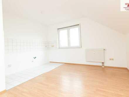 2-Raum-Dachgeschosswohnung in einem neuwertigen Wohngebiet in Schönfeld zu verkaufen!