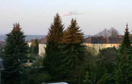 Ansprechende 3-Zimmer-Dachgeschosswohnung mit Balkon in Chemnitz