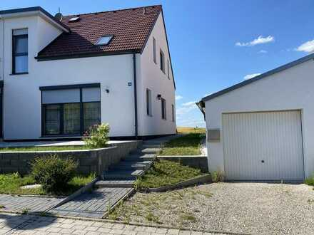 MH Immobilien- charmante Doppelhaushälfte in schöner Lage