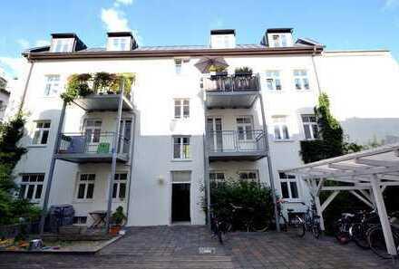 Wunderschöne 2-Zimmer-Dachgeschosswohnung im Herzen von Haidhausen