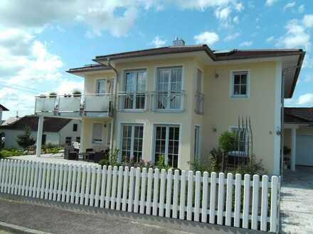 Schöne, helle 4,5-Zimmer-Wohnung in Affing mit großem Balkon