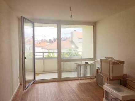 Schöne 1-Zimmer-Wohnung mit EBK und großem Balkon in Haidhausen, München