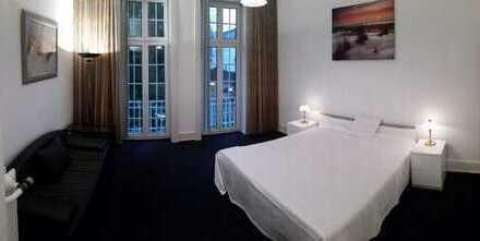 PROVISIONSFREIE 5-Zimmer-Wohnung, Jugendstil-Villa direkt am Kurpark, 2 Balkone