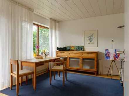 Sonnige 2,5 Zimmer Wohnung mit Terrasse und Stellplatz in Schafhausen