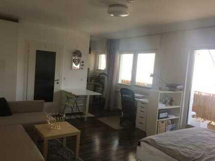 Top renovierte 1-Zimmer-Wohnung mit Balkon in Bonn-Poppelsdorf