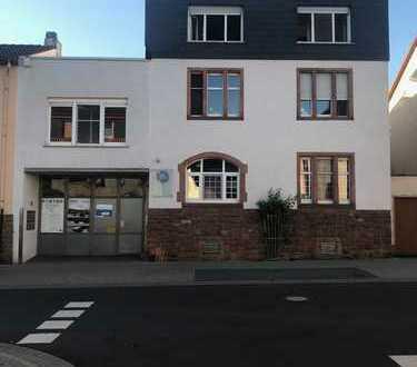 2 Wohnungen mit Dachterasse und 2 Einbauküchen in Nidderau