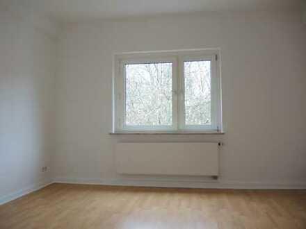 Köln-Kalk, 55 m², 2 Zi., K, D, Bad/WC, Balkon
