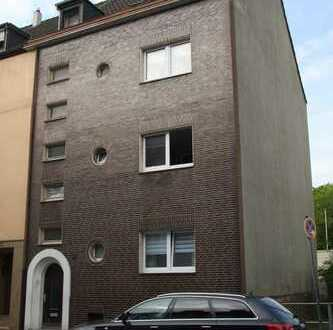 3-Familienhaus in Beeck - teilsaniert
