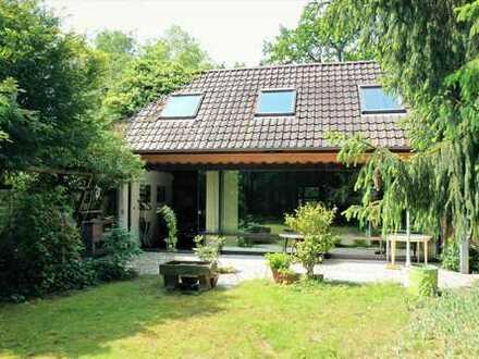 SCHWIND IMMOBILIEN - Architektenhaus im Dornröschenschlaf auf großem Grundstück