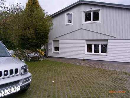 möblierte 3-Zimmer-DG-Wohnung mit Balkon in Kosel