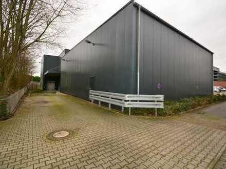 Lagerfläche mit 8 m Stapelhöhe und Rampe im Zentrum Nord + Bürofläche + Sozialräume