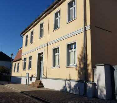 Bild_großzügige 3 Raum Wohnung in Burgnähe