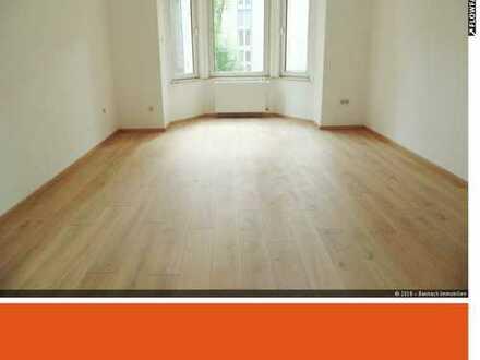 Wohnen im Theaterviertel...charmante Altbauwohnung mit 143qm Wohnfläche sucht nette Mieter !