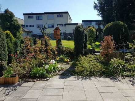 Kirchheim a.N.-schöne DHH mit großem Garten