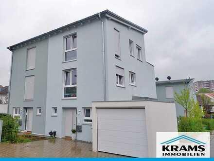 Ein Zuhause für die Familie! Neuwertige Doppelhaushälfte in Reutlingen-Sondelfingen