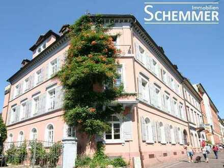 Freiburg-Altstadt ++ Einzigartiges Wohnen im Kulturdenkmal!