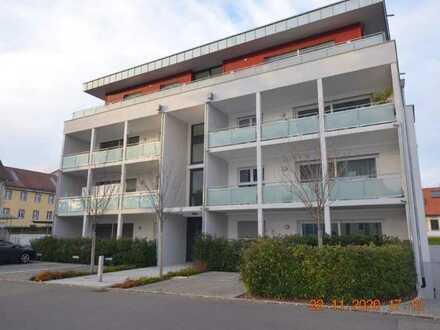 Exklusive, neuwertige 4,5-Zimmer-Penthouse mit umlaufendem Balkon, Einbauküche in Lörrach-Hagen
