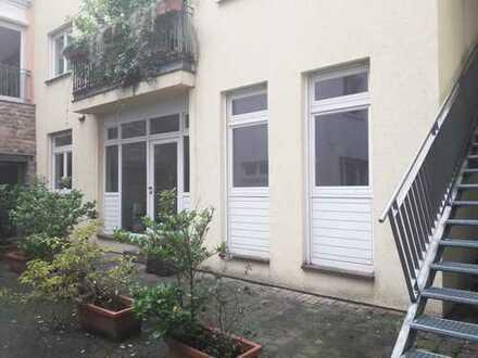 Zentrale 2-Zimmer-Wohnung mit Wohnküche in der Heidelberger Altstadt