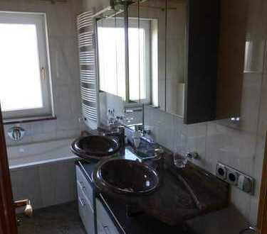 3 Zimmer Wohnung großer Balkon