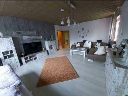 Freundliche 2,5-Zimmer-DG-Wohnung mit EBK in Herne