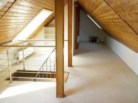 Niederrad: Maisonette Wohnung, ideal für WGs
