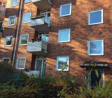 Sanierte 3-Zimmer-Wohnung in ruhiger Sackgasse, Top-Lage Lokstedt