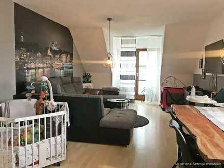 Schöne 3 Zi.-Maisonette-Wohnung am sonnigen Moniberg mit EBK, West-Balkon & Garagenstellplatz