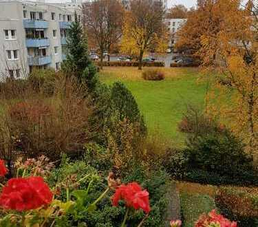 Stilvolle 3-Zimmer-Wohnung mit Balkon und EBK in Hummelsbüttel, Hamburg