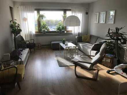 Wohnung im Topzustand mit weitem Ausblick am Ortsrand von Schmiden