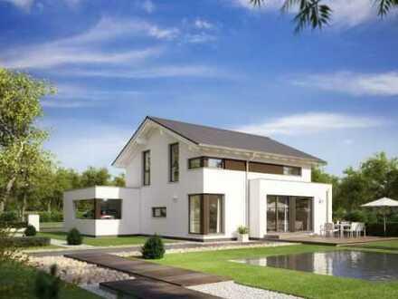 Neu reingekommen-Haus mit Grundstück-Treten Sie ein