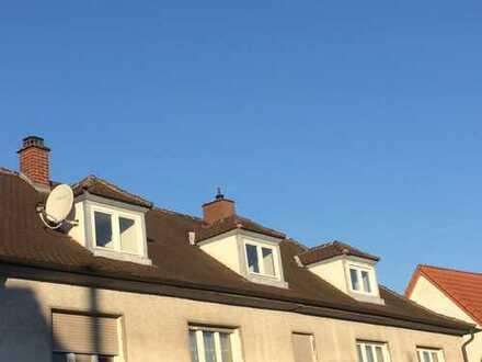 3-Zimmer-DG-Wohnung Mingolsheim für Selbermacher / Handwerker