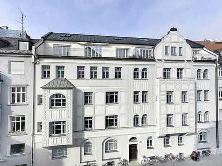 Altbau-Juwel - Dachgeschosswohnung in Bestlage der Maxvorstadt!