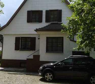 Älteres schönes Haus mit fünf Zimmern in Ingolstadt, Südwest