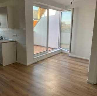 Schöne, geräumige zwei Zimmer Wohnung in Berlin, Lichtenberg
