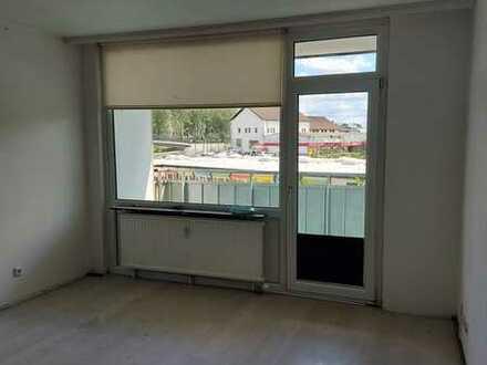 Stilvolle, geräumige und gepflegte 2Zimmer-Wohnung mit Balkon in Porz, Köln