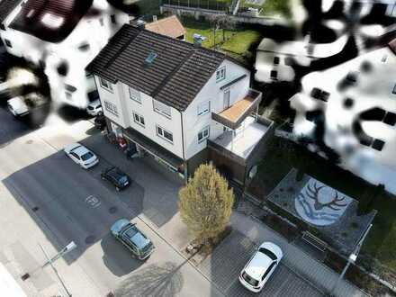 Zweifamilien-Wohn- und Geschäftshaus im Zentrum von Hüttlingen