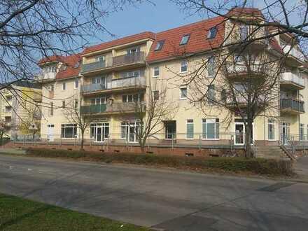 Schöne helle Etagenwohnung mit Balkon nähe Ruppiner Kliniken und MHB