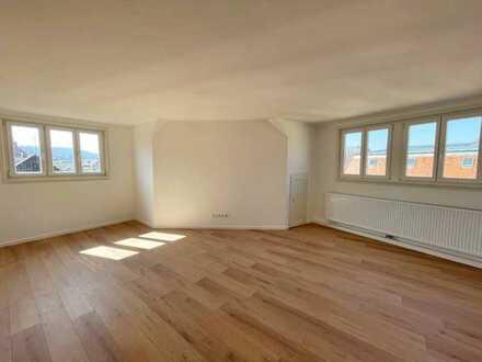 Sanierte 5-Zimmer-Altbauwohnung