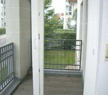 Sonnige Komfort-Whg mit Balkon und Laminat am Retsee