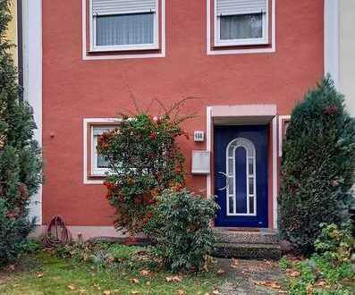Schönes Haus mit fünf Zimmern in Speyer, Nordwest/Nordost
