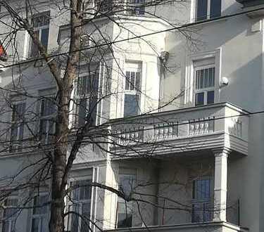 Stilvolle/Helle 2-Zimmer-Wohnung + Stellplatz