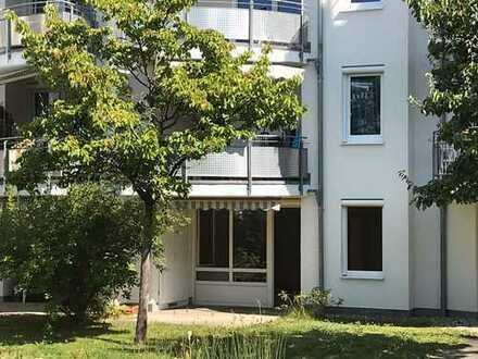 Gepflegte 3-Zimmer-Erdgeschosswohnung mit Terrasse in zentraler Lage