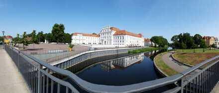 2,5 Zimmer Wohnung - Schloßnah - Zentrum - Neubau - Kapitalanlage!