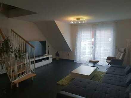 """Bulla-IC! """"Home sweet Home-Schöne 4-5 Zimmer Galeriewohnung mit Balkon und Stellplatz"""