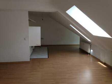 1 Zimmerwohnung im Dachgeschoss